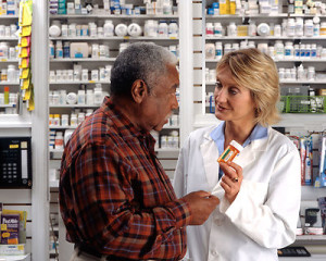 A+man+consulting+his+pharmacist
